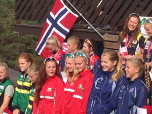 Premieutdeling NM junior stafett. Foto: Kristin Hjortland