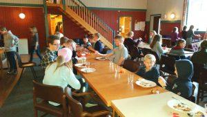 Vi håper mange dukker opp til middag på klubbhuset tirsdag.